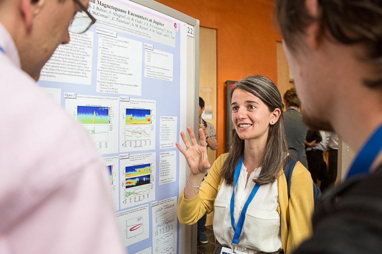 Lina Hadid at a recent scientific conference in Uppsala (Foto: Erik Nordblad)